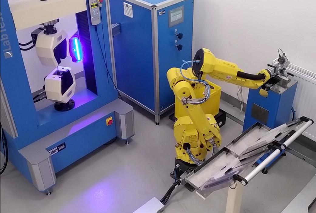 Automatizace zkušebních strojů, Robotizace testovacích strojů